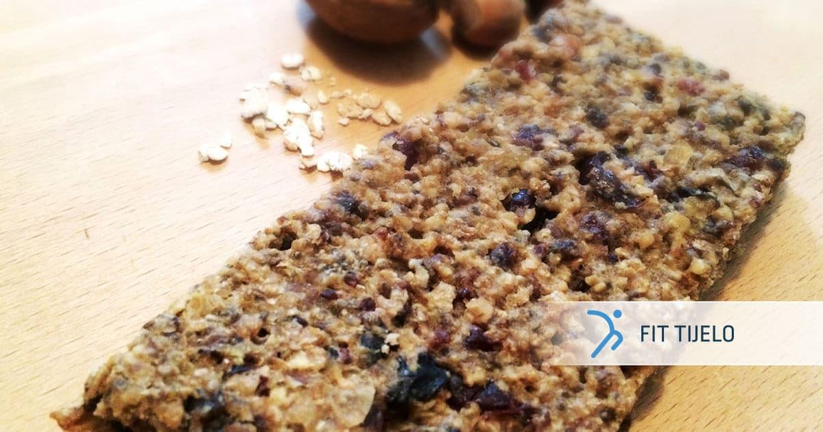 FT-recepti-Granola-od-bjelancevinastih-zitarica-i-sjemenki