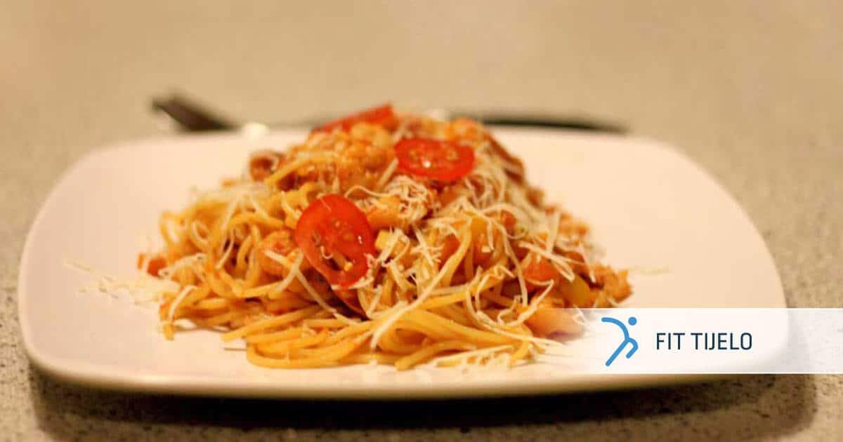 FT-recepti-tjestenina-s-raicima-u-socnom-crvenom-umaku