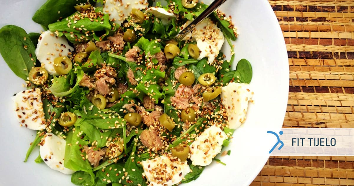 Mediteranska salata sa sezamom