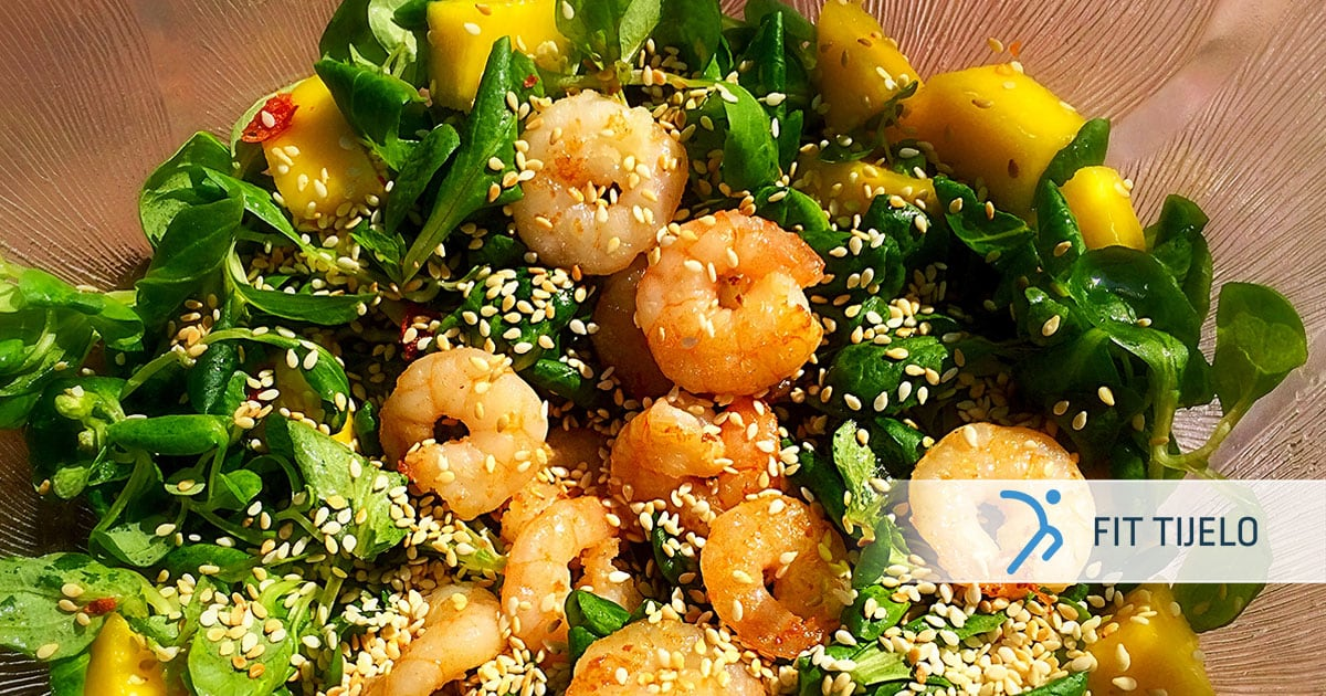 Salata s mangom i gamberima