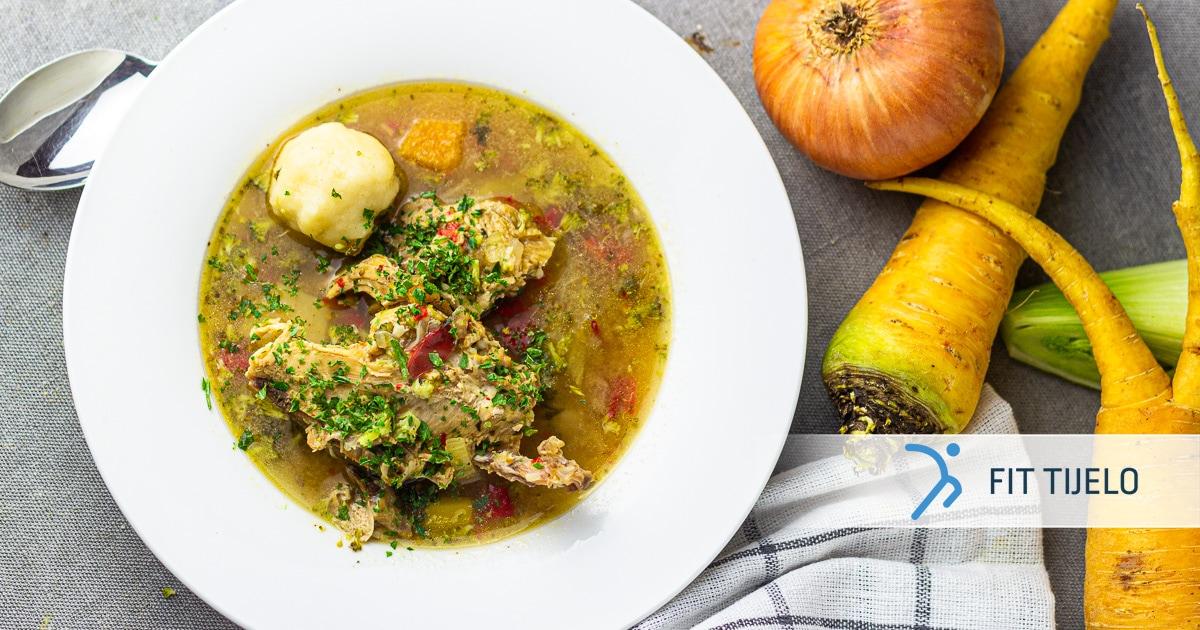 Domaća pileća juha s njokima