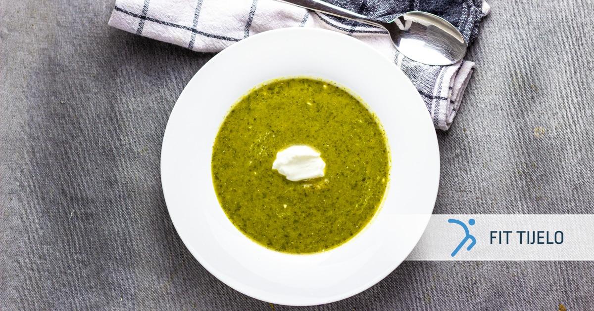 Krem juha od brokule s kiselim vrhnjem